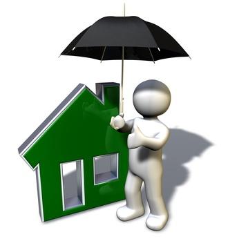 Crédits immobiliers : les banques durcissent les conditions d'assurance