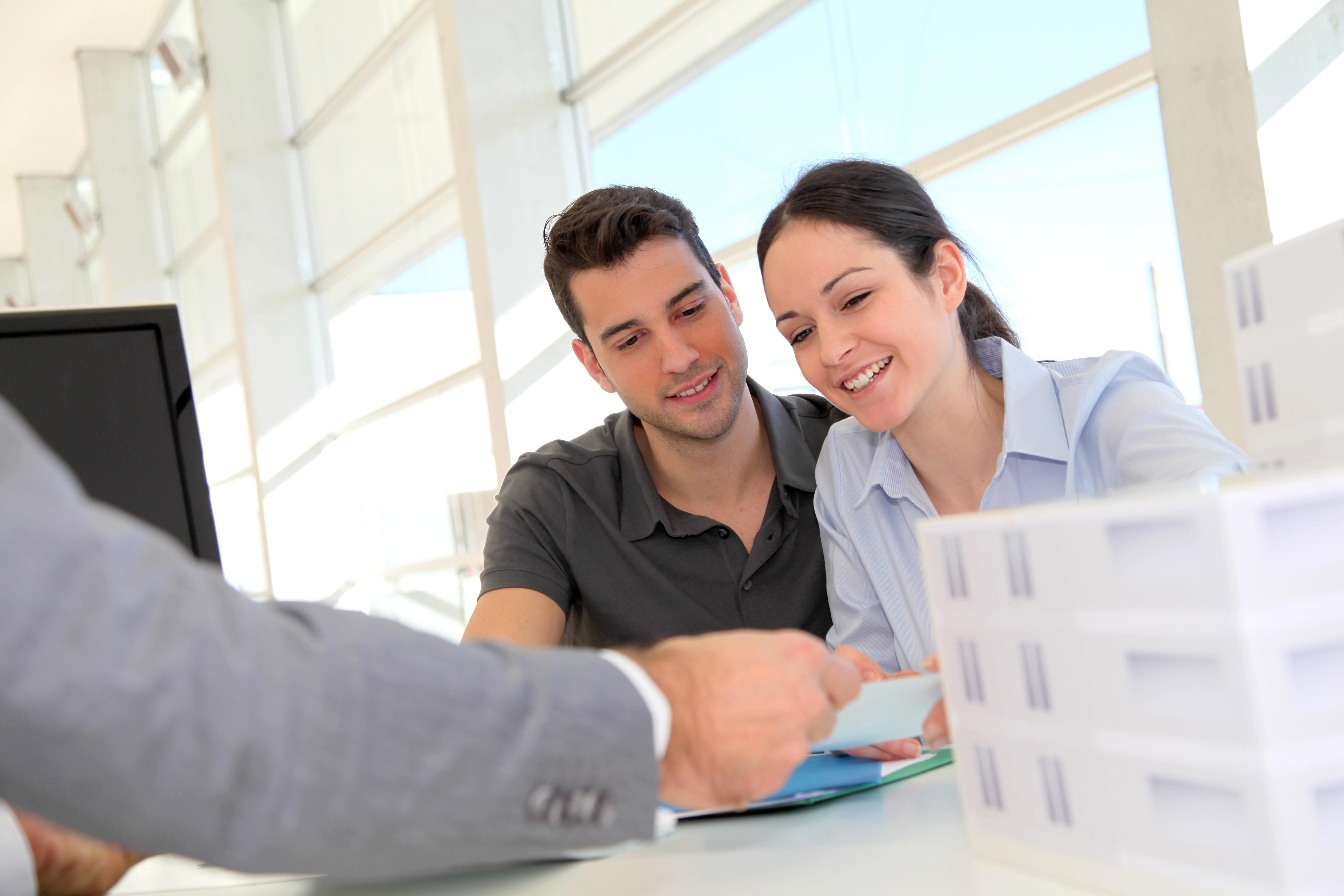 tout ce qu il faut savoir sur le compromis de vente actualite immobilier. Black Bedroom Furniture Sets. Home Design Ideas